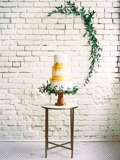 This perfectly styled wedding fashion shoot was an absolute dream packed full of stunning looks captured by Ashley Bosnick Photography at One Eleven East. Remi & Gold took our floral vision and brought it to life in a way we could never have imagined! And we could not be more smitten with the gorgeous gold cake from Simon Lee Bakery! Cheers to all the beauty! #oneeleveneast #ashleybosnickphotography