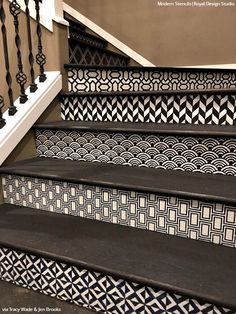 Simple to Sensational: 12 Stencil Ideas for Your Stairs - Painted Stair Risers using Moroccan, Floor, & Tile Stencils from Royal Design Studio Concrete Stairs, Wood Stairs, House Stairs, Stair Railing, Basement Stairs, Tile Stairs, Stairs Tiles Design, Tiled Staircase, Modern Staircase