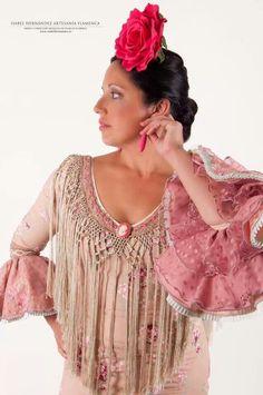 530ad7dad Las 8 mejores imágenes de Vestidos de novia con inspiración flamenca ...