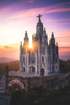 Temple of the Sacred Heart of Jesus at the Summit of the Tibidabo Mountain in Barcelona, Spain Barcelona Tourist Attractions, Barcelona Tours, Visit Barcelona, Barcelona Spain, Amazing Buildings, Amazing Architecture, Voyager Malin, City Pass, Europe Photos