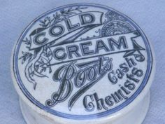 STUNNING UNUSUAL COLD CREAM POT LID AND BASE BOOTS CASH CHEMISTS.BLUE BORDER.