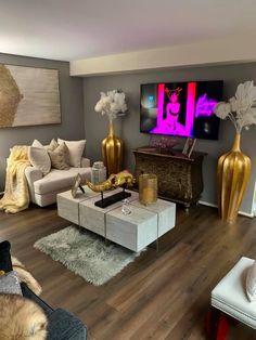 Cute Living Room, Decor Home Living Room, New Living Room, Home Bedroom, Living Room Designs, Bedroom Decor, First Apartment Decorating, Apartment Ideas, Paris Room Decor