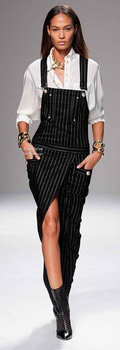 Joan Smalls - Balmain - Spring/Summer 2014 Ready-to-Wear - paris - Fashion Show Foto Fashion, Runway Fashion, Fashion Models, High Fashion, Womens Fashion, Fashion Week Paris, Christophe Decarnin, Haute Couture Style, Joan Smalls