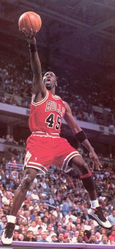 "Michael Jordan wearing ""Chicago"" Air Jordan X"