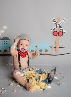 Top 10 Cake Smash images of 2014 | Virginia Beach Norfolk Baby Photographer | Kimberlin_Gray_PhotographyCustom Newborn Photographer in Virginia Beach