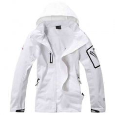 OUTSTANDING WHITE #SOFTSHELL #JACKET
