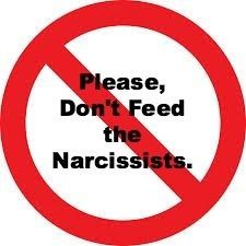 Wanneer jij iemand bent met narcisten in je omgeving, dan zul je waarschijnlijk ervaren hebben dat ze speciale gebeurtenissen vaak weten te verpesten.