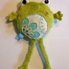 Soooo cute ! --- Doudou grenouille en minkee vert et turquoise