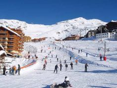 Ski Tour in Val Thorens. France. 2012.