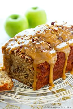 This decadent Praline Apple Bread is the epitome of indulgence. Enjoy it for breakfast, brunch or as a mid-morning treat #applebread #pralineapplebread #apples #applerecipes #harvestapplebread #quickbreadrecipes #brunch #breakfast #holidaybaking #fallrecipes #breadrecipes #apple #southernfood #southernrecipes Apple Praline Bread, Apple Bread, Apple Loaf, Praline Pecans, Apple Dessert Recipes, Apple Recipes, Fall Recipes, Potluck Desserts, Dinner Recipes