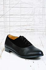 Jenny Suede Lace-Up Shoes in Black at Urban Outfitters