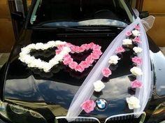 Wedding decoration on the car Wedding Prep, Our Wedding, Wedding Venues, Wedding Planning, Wedding Cars, Sheep Tattoo, Wand Tattoo, Bridal Car, Wedding Car Decorations
