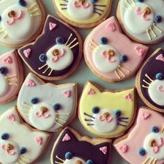 rozuchamie: Really cute animal cookies by Micarina! : rozuchamie: Really cute animal cookies by Micarina! Cat Cookies, Cut Out Cookies, Cookies Et Biscuits, Cupcake Cookies, Sugar Cookies, Kitten Party, Cat Party, Gateaux Cake, Cupcakes