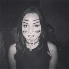 #whenilookintoyoureyes  I get confused ! #multipleeyes #eyes #halloween @ #romantso #athens