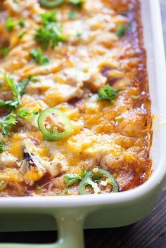 Personalized Graduation Gifts - Ideas To Pick Low Cost Graduation Offers This Chicken Tamale Casserole Is Topped With Shredded Chicken. It's Such A Perfect Dinner To Satisfy Those Mexican Cravings Tamale Casserole, Tuna Casserole, Casserole Recipes, Cornbread Casserole, Shredded Chicken Casserole, Mexican Dishes, Mexican Food Recipes, Dinner Recipes, Vegetarian Mexican