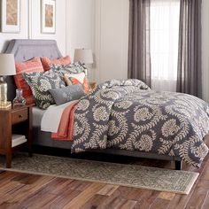On a whim, last week I bought this SONOMA life + style Pembrook Bedding Collection. Now we're getting a new house and building on a master suite. I'm so excited to build a room around this set! King Comforter Sets, Bedding Sets, Hotel Collection Bedding, Big Bedrooms, Bedding Inspiration, House Beds, Bedding Collections, T 4, Luxury Bedding