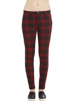 Grab a Good Read Pants in Red Plaid. Take some time to relax with your favorite bestseller and these plaid skinnies! #red #modcloth
