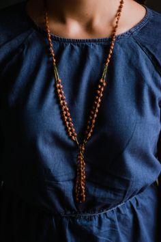 Natural seed tassel necklace (1960s) / #vintage by nutmegan on Etsy