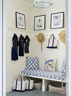 blue & white mudroom entry