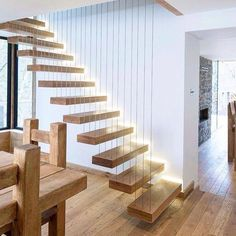 Excelente escalera fácil y compacta ...Inspírate con Gogetit!  Easy and compact staircase ...Get inspired with Gogetit!