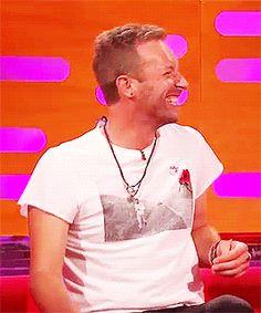 Laughing Chris ❤ #ChrisMartin #coldplay