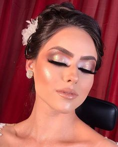 And that it was my proposal for fair hair Curitiba at booth Make more. No Eyeliner Makeup, Glam Makeup, Hair Makeup, Blonde Makeup, Makeup Kit, Makeup Contouring, Bridal Makeup Looks, Wedding Makeup, Gorgeous Makeup