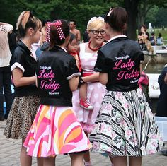 Hello Japan - Rockabilly Girls Lady Teddy Elvis Presley, Quirky Fashion, Vintage Fashion, Harajuku, Rockabilly Pin Up, My Generation, Japanese Street Fashion, Vintage Wear, The Ordinary