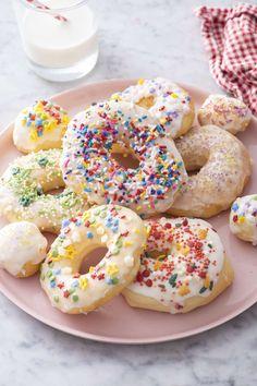 Air Fryer Donuts | Weelicious No Bake Treats, Yummy Treats, Delicious Desserts, Easy Desserts, Donut Recipes, Baking Recipes, Baby Recipes, Making Donuts, Natural Food Coloring