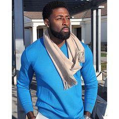 Men's Fashion – How to Nail Office wear – Designer Fashion Tips Gorgeous Black Men, Men In Black, Beautiful Men, Black Guys, Black Men Beards, Handsome Black Men, Stylish Men, Men Casual, Beard Game