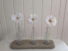 Beautiful three vase set