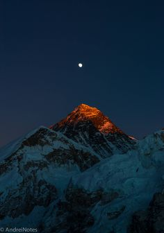 Last light on Mt. Everest, as seen from mt. Kala Patar. Image is not edited/photoshoped as most of the pictures those days, colors are very close to what I saw with my eyes that evening IG: @andreinotes