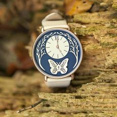 Spread your wings in 2016 with this wildlife-inspired watch from @dialwatches! Available to order with free worldwide shipping! Follow @dialwatches for more inspiring wrist art... by nationaldestinations https://www.instagram.com/p/BAP2q80ugx3/ via https: