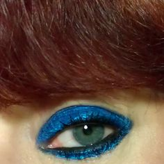 kats colourings: EOTD: Black and Blue!...