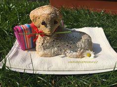 Ořechový beránek Cheesecake, Teddy Bear, Cupcakes, Breads, Pizza, Blog, Bread Rolls, Cupcake Cakes, Cheesecakes