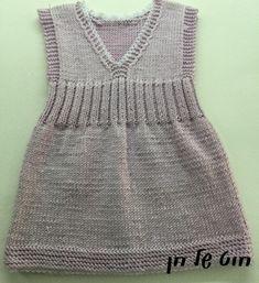 Girls Knitted Dress, Knit Dress, Knitting For Kids, Baby Knitting Patterns, Bebe Baby, Baby Vest, Handmade Baby, Kids Wear, Crochet Top