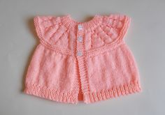 So I've become obsessed with knitting. This new obsession lead me on a free baby knitting patterns search. Here are some free knitting patterns I found! Baby Cardigan Knitting Pattern Free, Kids Knitting Patterns, Baby Sweater Patterns, Knit Baby Sweaters, Baby Patterns, Free Knitting, Crochet Patterns, Baby Tops, 12 Months