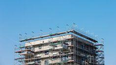 Die Politik muss endlich Tempo beim Wohnungsbau machen - Wirtschaft - Süddeutsche.de Utility Pole, Multi Story Building, Social Justice, House Building, Economics, Politics, Germany, Psychics