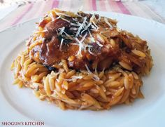 Ένα blog με συνταγές μαγειρικής από ελληνική κουζίνα και έθνικ κουζίνες. Mediterranean Recipes, Greek Recipes, Spaghetti, Sweets, Beef, Snacks, Chicken, Baking, Ethnic Recipes