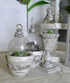 IOD-Schimmelpilze Source by Tempimaus French Decor, French Country Decorating, Orchard Design, Crafts To Make, Diy Crafts, Pot Jardin, Iron Orchid Designs, Cement Crafts, Altered Bottles
