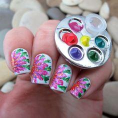 1 unid diy color de la pintura del arte del clavo herramienta de mini dedo de uñas Anillo Paleta Paleta polaco Gratis Manicure Mano Huella Redonda diseño
