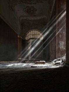 1X - ... rays of light ... by Claudia Leverentz