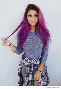 I love her pink hair color
