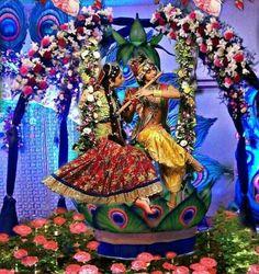 Radha Krishna Holi, Radha Krishna Quotes, Jai Shree Krishna, Radha Krishna Pictures, Krishna Photos, Krishna Art, Radhe Krishna Wallpapers, Lord Krishna Wallpapers, Little Krishna