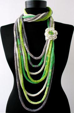 Knit Scarf Necklace loop scarf infinity scarf knit di DreamList