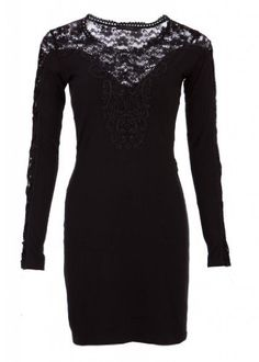 Black Fall/Winter Sweater Dress with Black Lace and Elegant Lacing by Punk Rave  Price : $49.90 http://www.pretty-attitude.com/Winter-Sweater-Elegant-Punk-Rave/dp/B00FJ2SERA