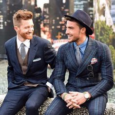 """I <a href=""""http://avtotemp.info/page/gay-love-in-car"""" class=""""perelink"""">love</a> how his beard has got the whole """"silver lining"""" thing going on. Hot!"""