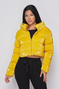 Crop Long Sleeve Jacket Jacket Has front zipper and front pocket Ghetto Outfits, Trendy Outfits, Girl Outfits, Cute Outfits, Puffer Jackets, Streetwear Fashion, Jackets For Women, How To Wear, Puff Daddy