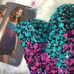 Don't miss out, go out and have fun with your friends. Come to your homecoming dance with style 💕 http://www.prom-avenue.com/strapless-mini-dress-by-clarisse-2936/ $250.00 #promavenue #homecomingdress #sweetheartneckline #promdress #promshop