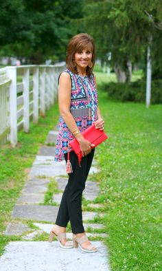 22 DAYS OF SUMMER FASHION-COLORFUL TOP