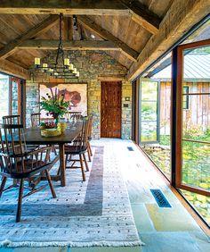 Fendi Casa, Wooden Barn, Metal Barn, Metal Roof, Style Rustique, Pergola Plans, Diy Pergola, Gazebo, Dining Room Design